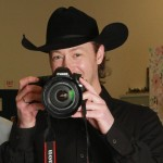 Paul Brandt having fun with Calgary Herald photographer